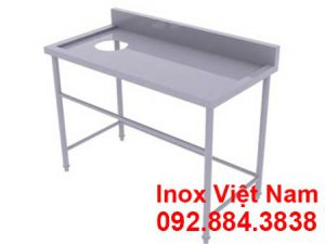 ban-inox-1-tang-co-lo-xa-rac