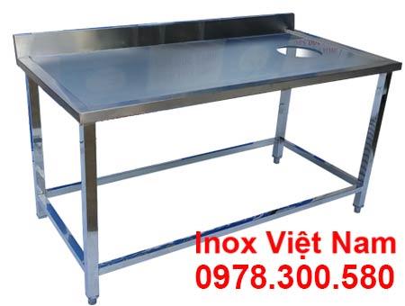 kich-thuoc-ban-inox-1-tang-co-gai-va-lo-xa-rac-2