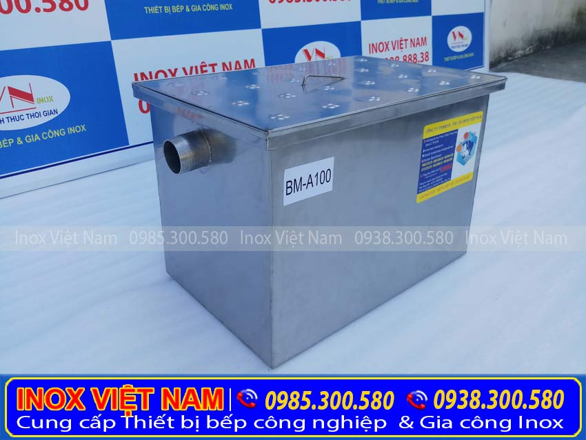 Bẫy mỡ âm sàn 100 lít Mã: BM-A100. Thiết bị bể tách dầu mỡ bằng inox chất lượng, kiểu dáng đẹp, mẫu mã sang trọng.