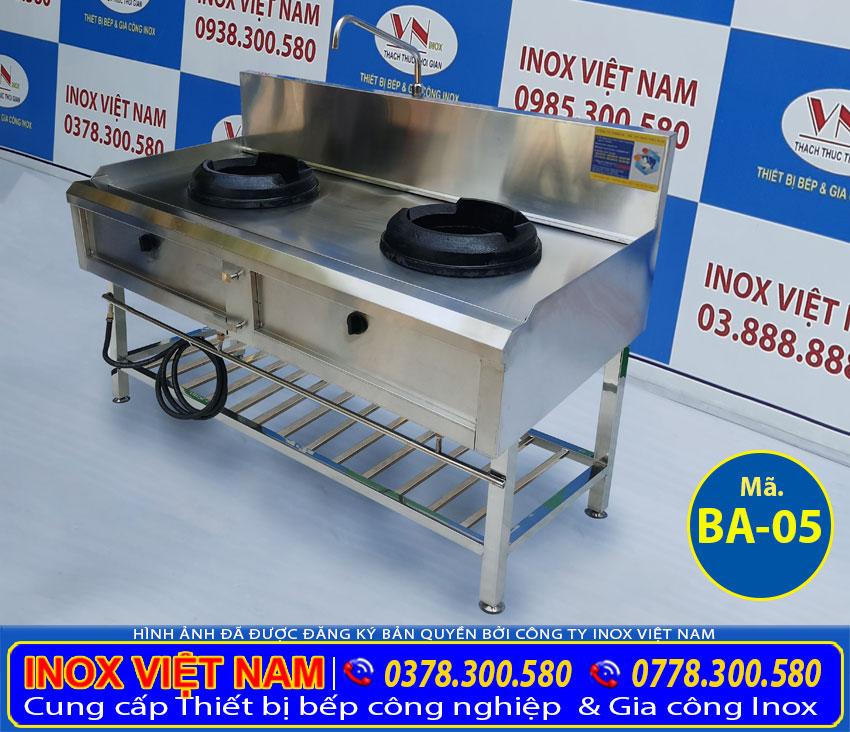 Bếp khè gas 2 họng có kệ dưới, bếp gas công nghiệp cao cáp tại Inox Việt Nam.