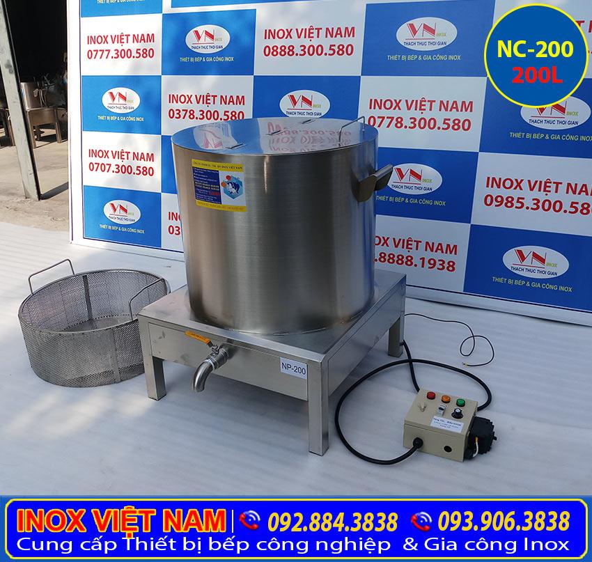 Nồi nấu phở bằng điện, nồi nấu phở công nghiệp, nồi điện nấu phở 200L của Thiết bị bếp inox công nghiệp (Ảnh thật tế).