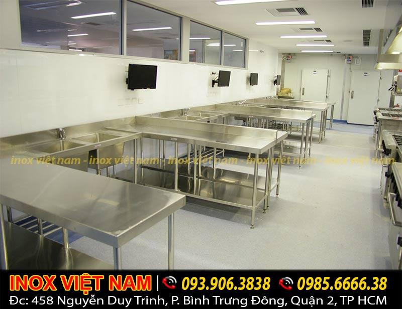 bàn bếp inox , bàn inox công nghiệp chất lượng của công ty Inox Việt Nam.
