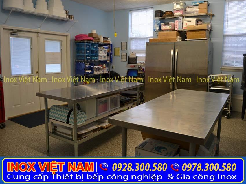 Bàn bếp inox, bàn inox, bàn inox công nghiệp chất lượng