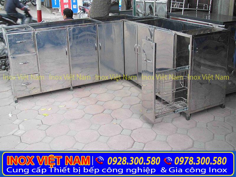 Inox Việt Nam chuyên cung cấp các loại tủ inox, tủ đựng chén bát bằng inox, tủ inox công nghiệp, giá tốt inox tại TP.HCM.