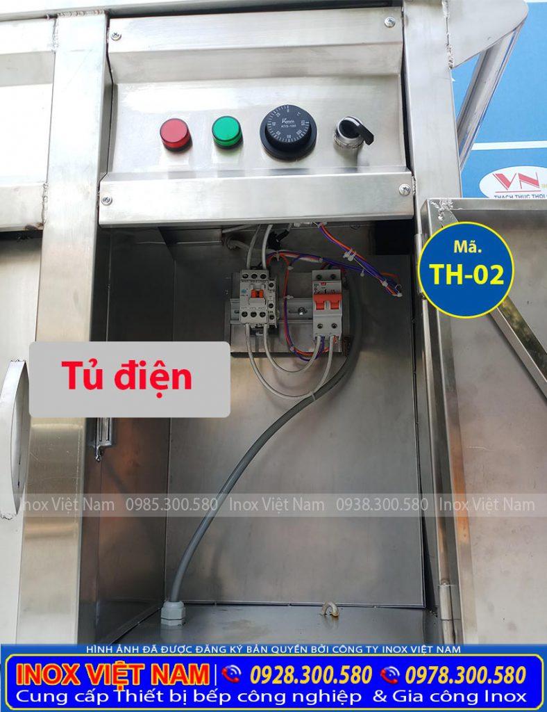 Chi tiết phần tủ điện của tủ bán cơm hâm nóng, tủ làm nóng thực phẩm của Inox Việt Nam (Ảnh thật tế).