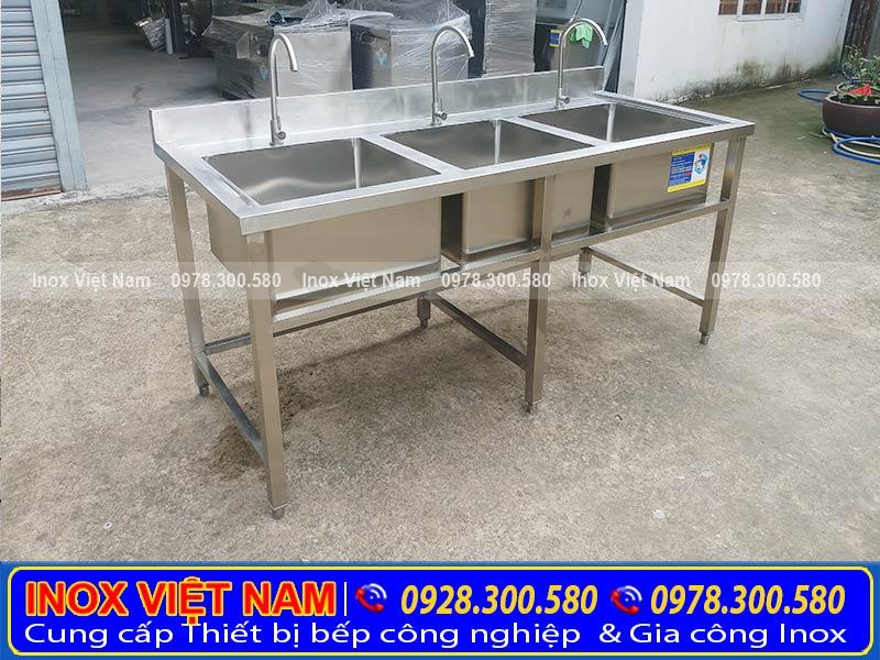 Thiết bị bếp inox công nghiệp - Địa chỉ bán chậu rửa công nghiệp giá tốt tại tphcm.