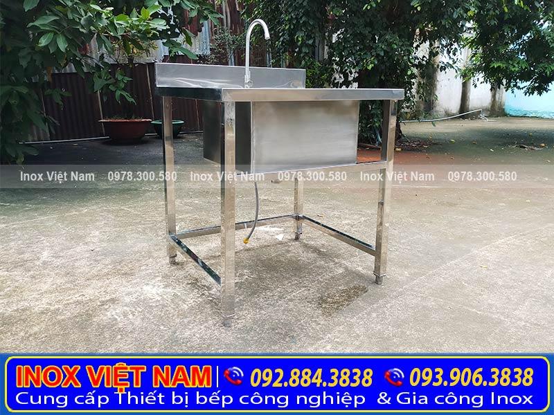 Bồn rửa chén inox 1 ngăn, chậu rửa công nghiệp tại Inox Việt Nam (Ảnh thật tế).