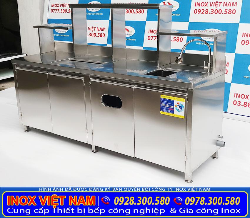 Thiết bị bếp inox công nghiệp lắp đặt quầy bar inox, quầy pha chế inox, quầy pha chế trà sữa cho khách hàng.