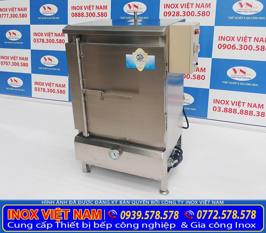 Tủ nấu cơm công nghiệp bằng điện, tủ nấu cơm công nghiệp bằng gas (Ảnh thật tế).
