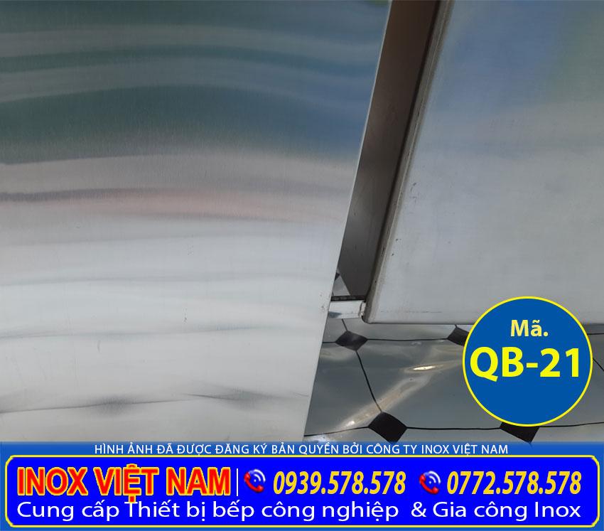 Mặt sau thùng đá inox 304 kèm bồn rửa inox quầy bar QB-21.