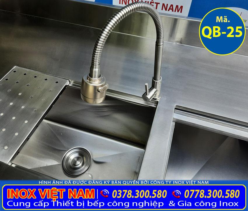 Chi tiết vòi xả nước inox quầy pha chế trà sữa inox QB-25.