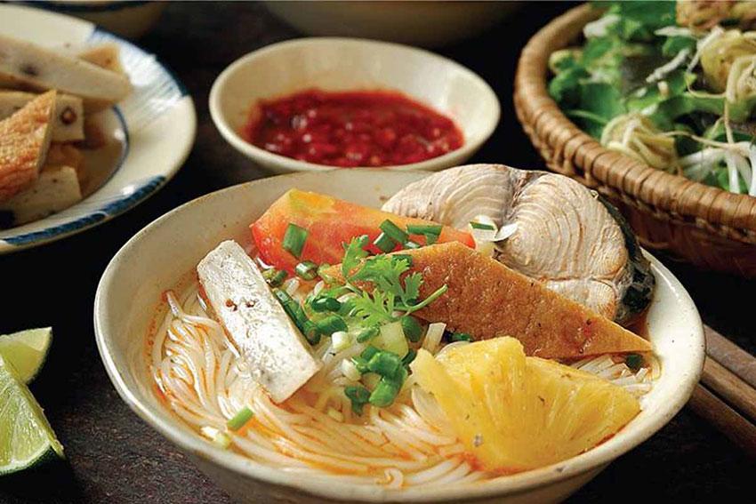 Bí quyết nấu bún chả cá Quy Nhơn thơm ngon, kinh nghiệm nấu nước lèo bún chả cá Nha Trang đơn giản và cách nấu bún chả cá ngon để bán.