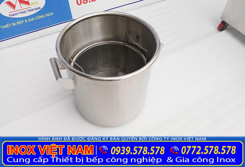 Nồi nấu phở bằng gas được gia công từ chất liệu inox 304 cao cấp.