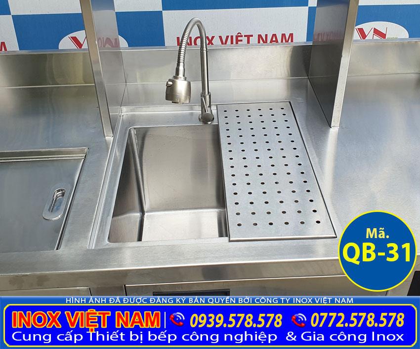 Chi tiết phần chậu rửa quầy bar trà sữa inox QB-31.