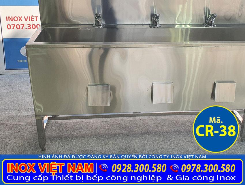 Gia công sản xuất chật rửa inox, bồn rửa tay inox công nghiệp.